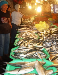 Lupon wet market - Bangus (milk fish)