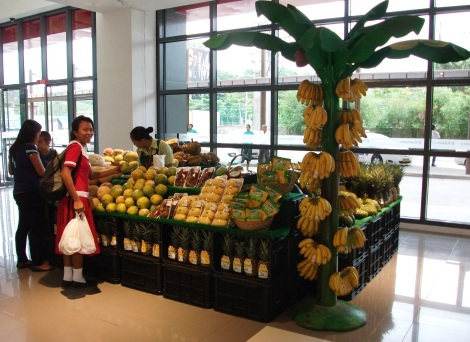 Colourful displays of local fruit adorned the vast new Abreeza shopping mall